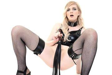 Carly Rae - maszturbáló domina